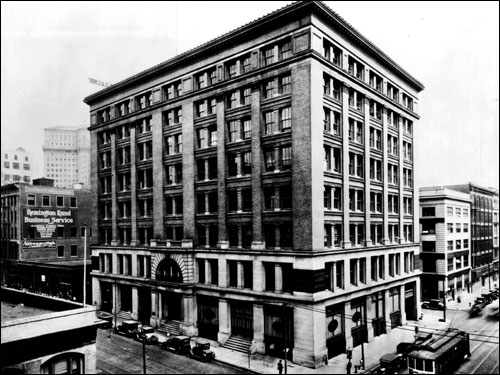 The Wells Fargo Building, 85 Second Street at Mission Street (1908-1923)