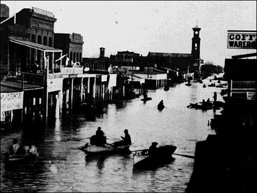 K Street, looking east from 4th Street during the flood of 1862, Sacramento