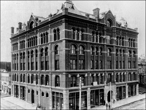 305 Larkin Street at McAllister Street (1890-1896)